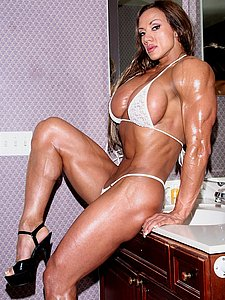 bodybuilder girl