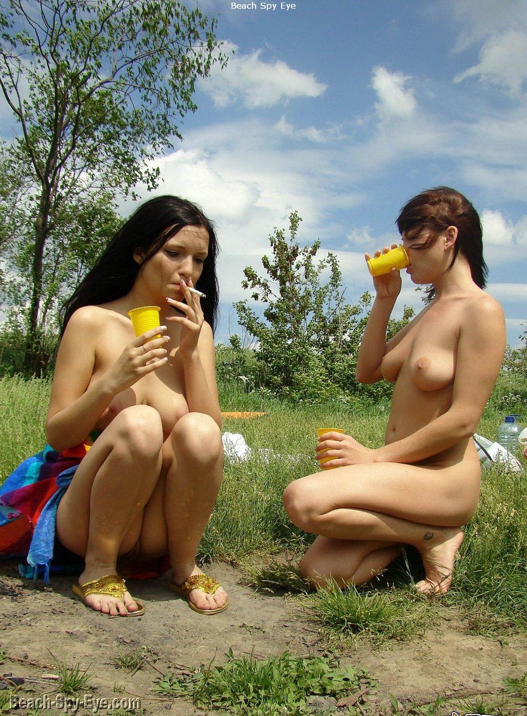 sexy girls nude in high heels