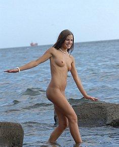 sunburned young bitches sunbathes without bikini at nudist beaches
