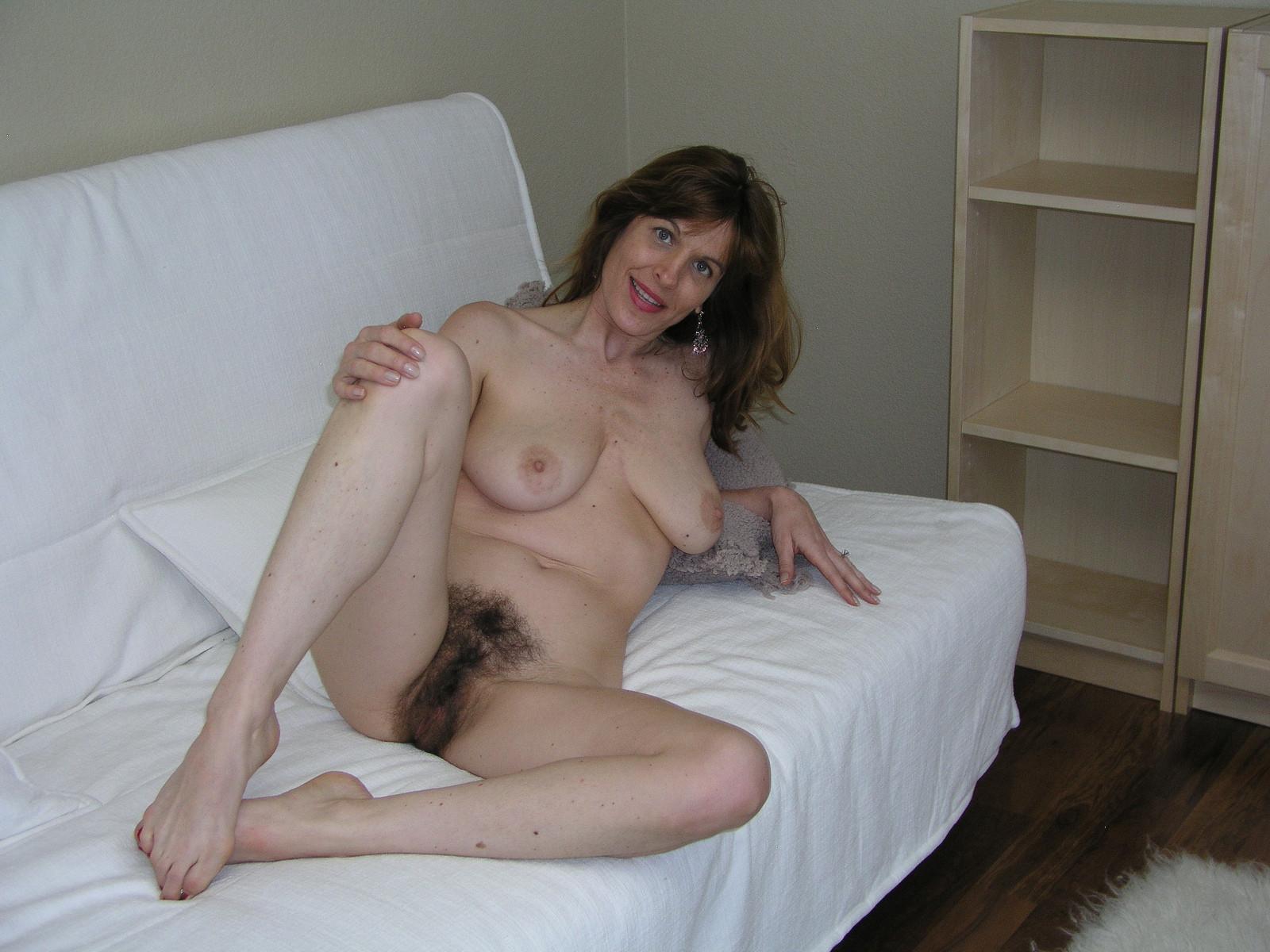 Порно фото волосатые девушки в возрасте